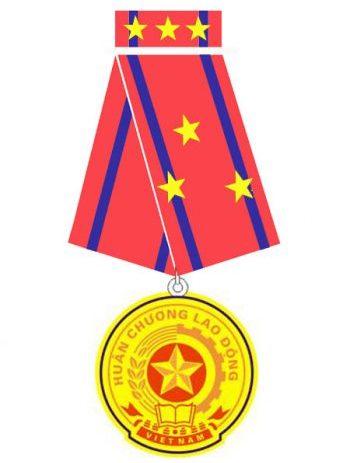 DAG đón nhận Huân chương Lao động hạng Ba 2015